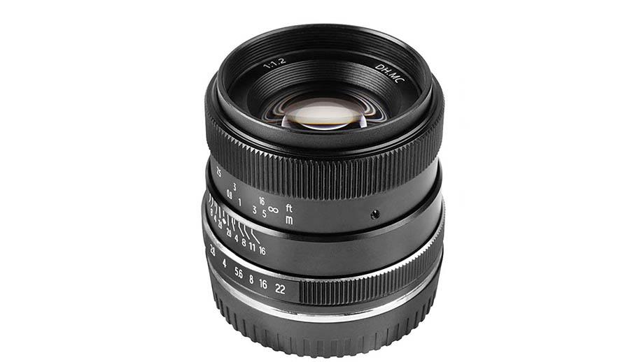 Новый объектив Pergear 35mm f/1.2 для Sony E за $99