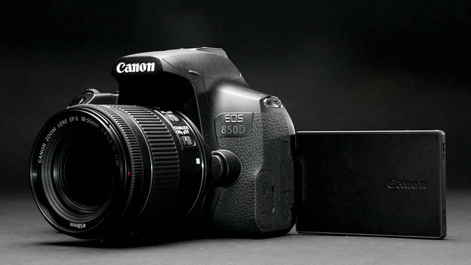 Canon переносит начало поставок камеры EOS 850D