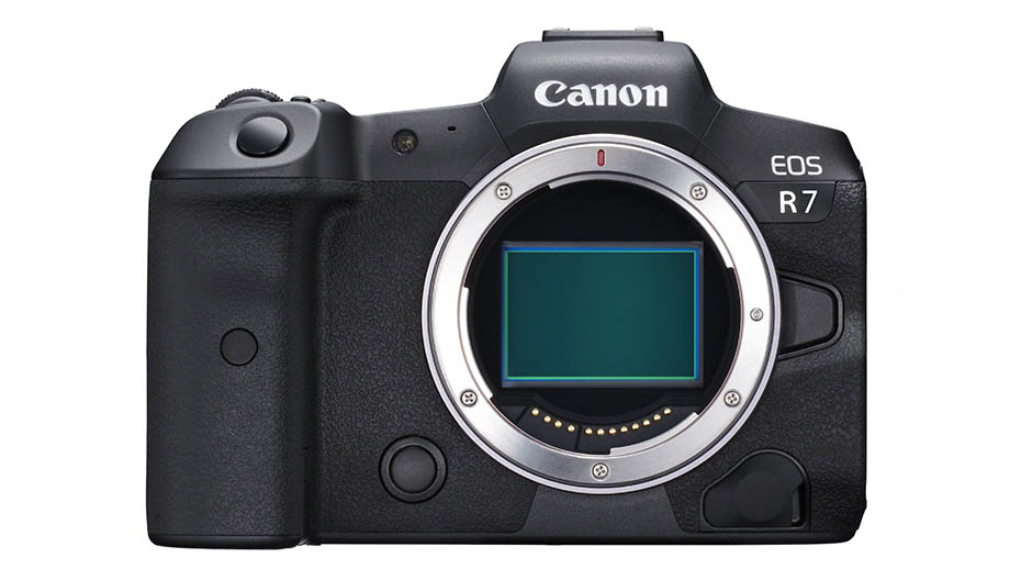 Canon EOS R7 с APS-C матрицей тестируется в двух вариантах?