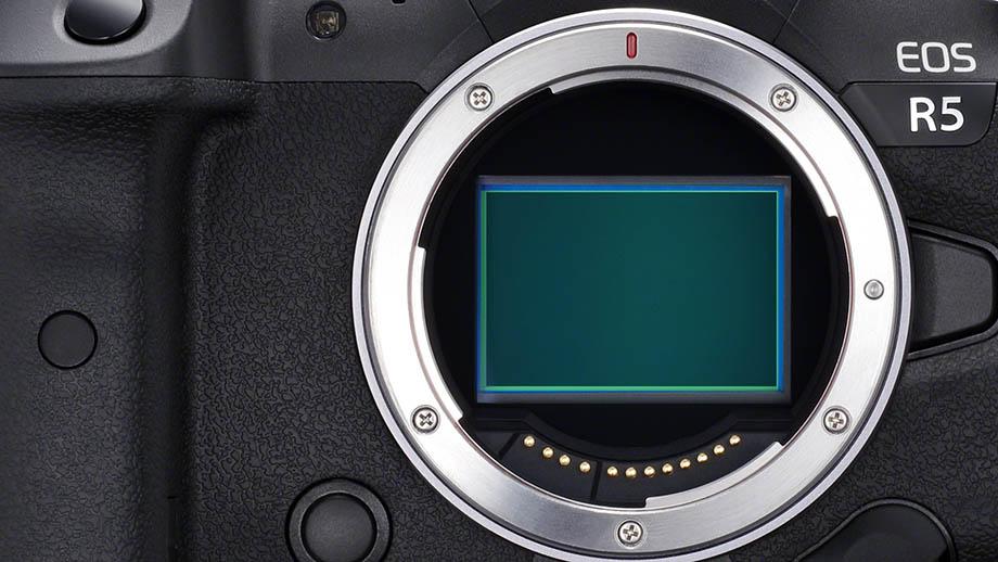 Canon EOS R5 оснастят матрицей 44.7 МП собственной разработки