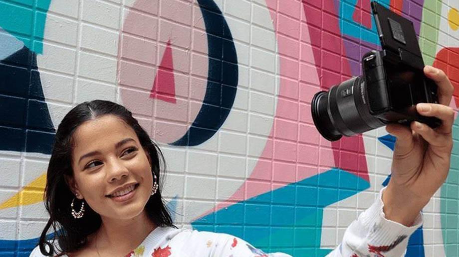 Canon EOS M300/M400 представят в конце 2021 года