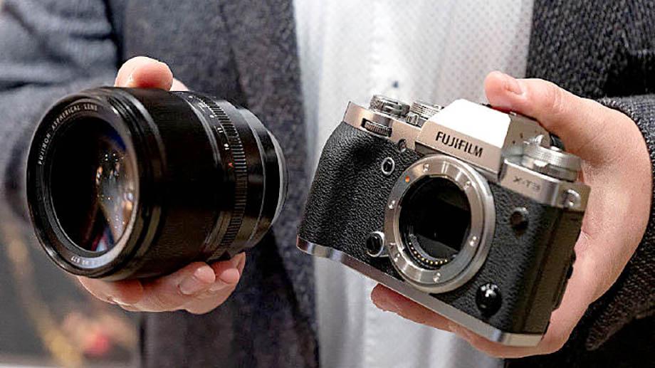 В сети появился и пресс-релиз нового Fujinon XF50mm f/1 R LM WR