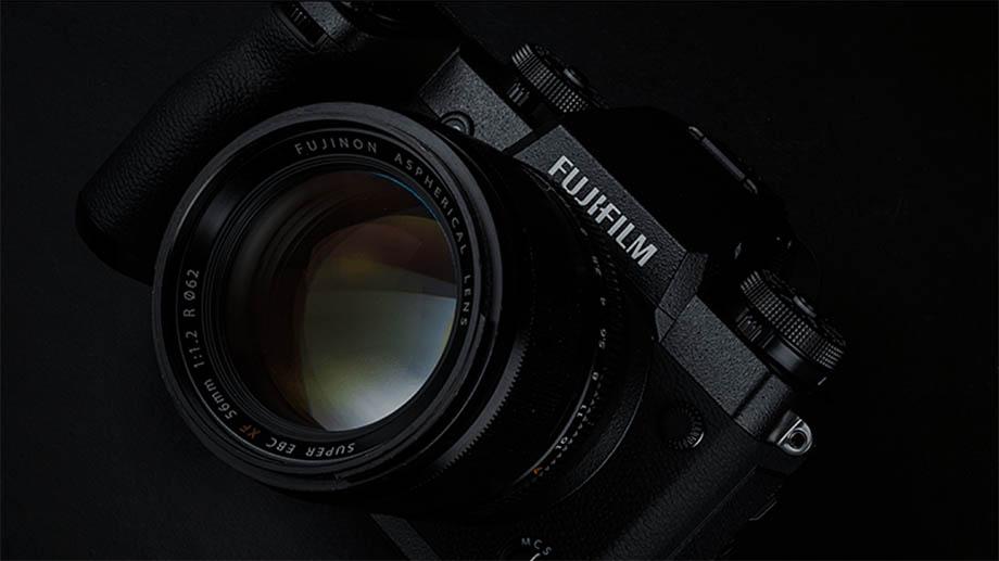 Fujifilm X-S10 станет первой камерой Fuji с удобным хватом