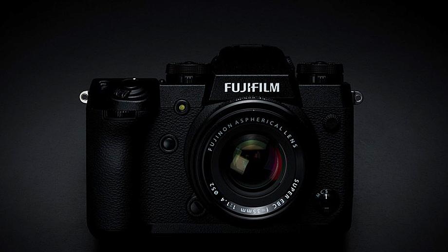 Fuji зарегистрировала новую камеру FF210001. Fujifilm X-H2?