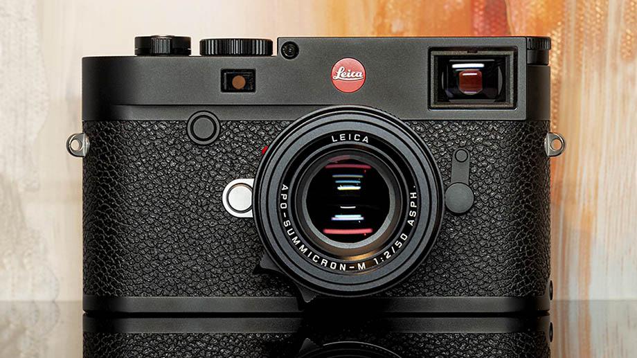Первые фотографии новой камеры Leica M10-R