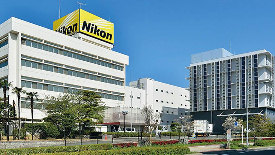 Nikon закроет два завода по производству объективов в Японии