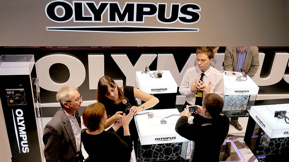 Интервью Olympus: фотоподразделение НЕ продается; больше новых продуктов; как работает Starry Sky AF и другое