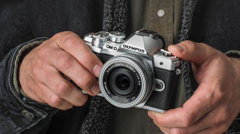 Olympus в ближайшее время представит E-M10 Mark IV и M. Zuiko Digital ED 100-400mm f/5.0-6.3 IS